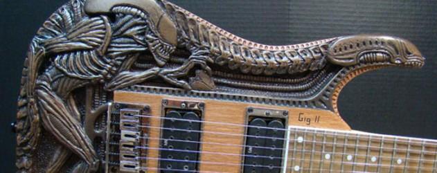 LA PHOTO musicale du jour ... Guitar-alien-HR-Giger-insolite-metal-rock-musique-631x250
