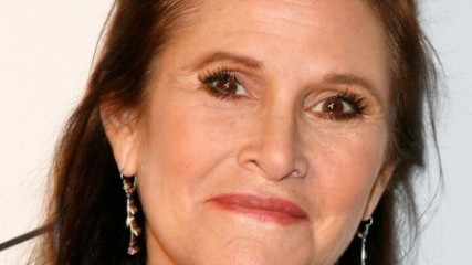 carrie fisher dans star wars episode 7