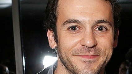 fred savage pour diriger charlize theron dans ladies night