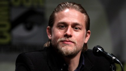 50 nuances de Grey  Charlie Hunnam et l'alchimie avec Dakota Johnson
