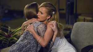 Nashville Saison 2  2ème couplet avant le refrain - hug