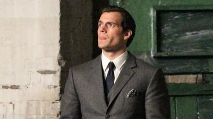 henry-cavill-dans-man-from-uncle-une