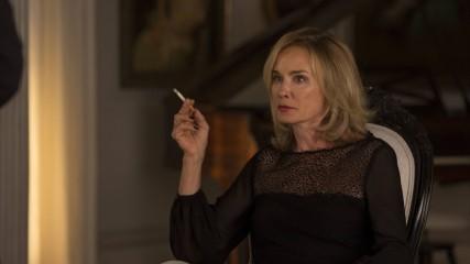 American Horror Story : Jessica Lange confirme son départ - une