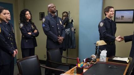 Brooklyn Nine Nine Saison 1 : Rires assurés (spoilers)
