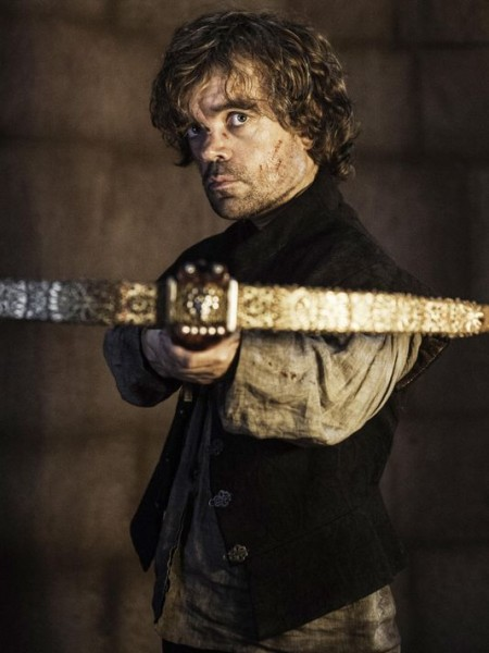 Game-of-Thrones-Dinklage tyrion arabalete final saison 4
