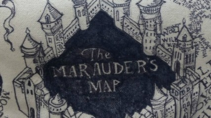 harry-potter-la-robe-carte-du-maraudeur-une