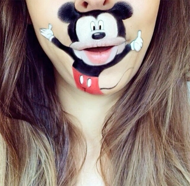 Maquillage elle transforme sa bouche en personnages d animation brain damaged - Maquillage halloween bouche ...