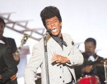 get-on-up-james-brown-sa-vie-son-combat-une