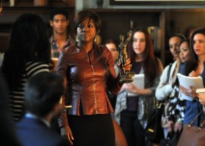 how-to-get-away-with-murder-saison-1-un-pilote-efficace-spoilers-annalise