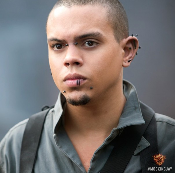 the-hunger-games-la-revolte-evan-ross-