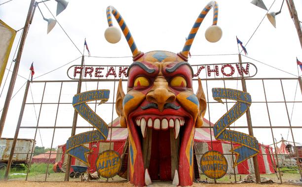 """Résultat de recherche d'images pour """"american horror story saison 4 circus"""""""