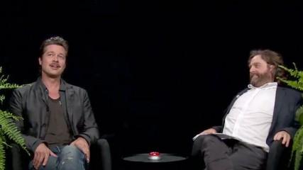 zach-galifianakis-interviewe-brad-pitt-sans-pitie-video-une