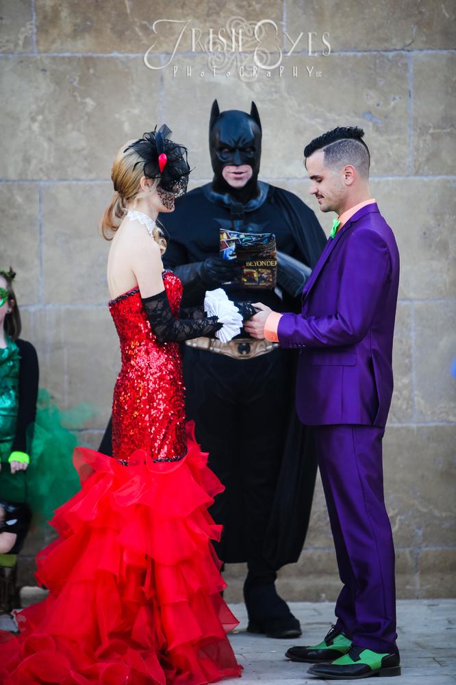 Matrimonio Tema Marvel : Super mariage une cérémonie sous le signe de batman