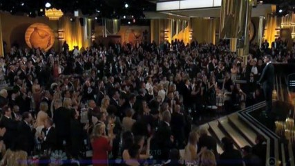 standing ovation pour charlie hebdo je suis charlie golden globes