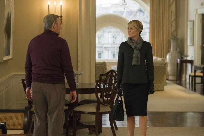 House of Cards saison 3 claire frank en froid
