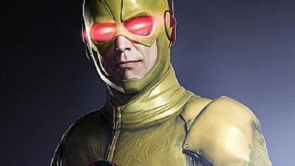 the-flash-saison-1-1ere-image-de-tom-cavanagh-en-reverse-flash-une