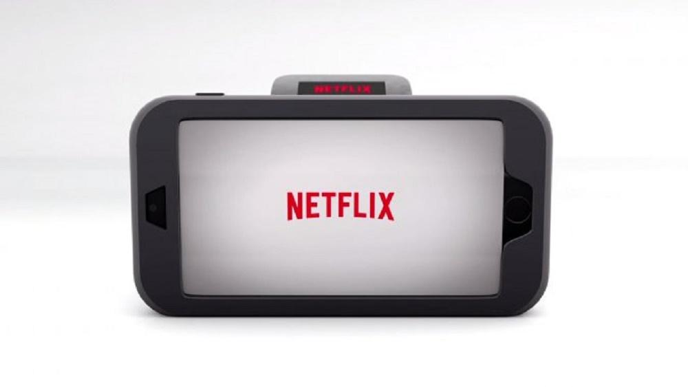 netflix watch la parodie apple watch brain damaged. Black Bedroom Furniture Sets. Home Design Ideas