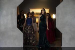 Pretty Little Liars saison 6 : Images du final
