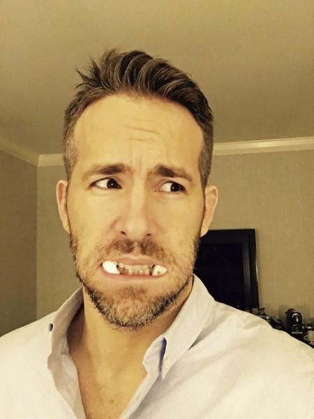 Deadpool une fan a une dent contre Ryan Reynolds Illu