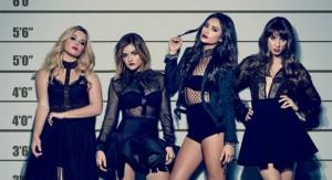 pretty-little-liars-saison-7-laffiche-usual-suspects-sexy-une