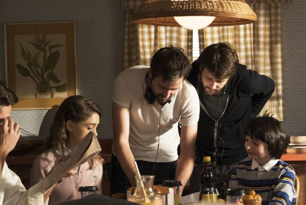 stranger-things-duffer-brothers-03-600x403