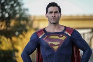 Supergirl saison 2 - Superman