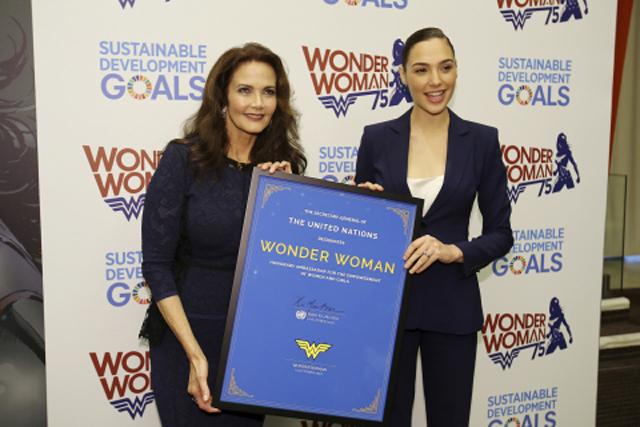 justice-league-nouvelle-image-et-wonder-woman-ambassadrice-de-lonu-gadot-carter