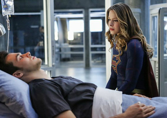 supergirl-saison-2-une-mi-saison-a-la-hauteur-critique-cross-over-1