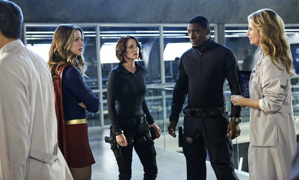 supergirl-saison-2-une-mi-saison-a-la-hauteur-critique-cross-over-4
