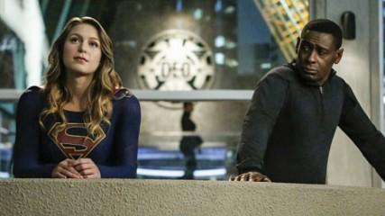 supergirl-saison-2-une-mi-saison-a-la-hauteur-critique-cross-over-une