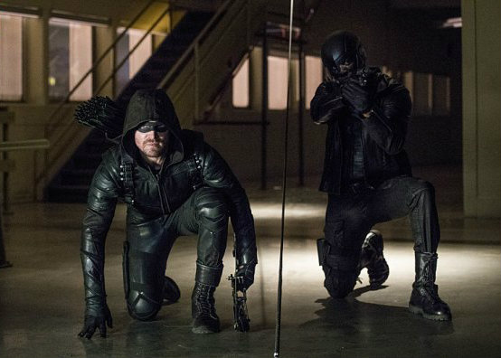 arrow-saison-5-consequences-mortelles-critique-mi-saison-4