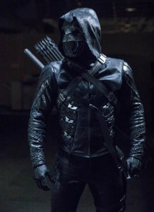 arrow-saison-5-consequences-mortelles-critique-mi-saison-prometheus