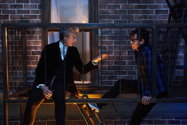 doctor-who-saison-10-the-return-of-doctor-mysterio-special-noel--