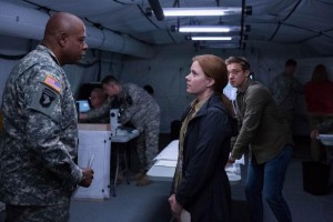 premier contact amy adams jeremy renner forest whitaker