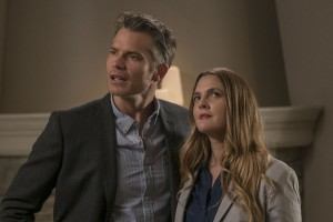 Santa-Clarita-Diet-image-critique-drew-barrymore-couple