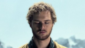Iron-Fist-Finn-Jones-critique meditation