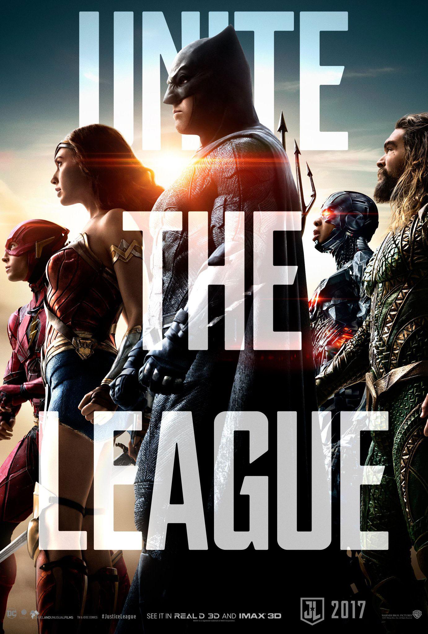 justice-league-les-heros-sunissent-en-affiche