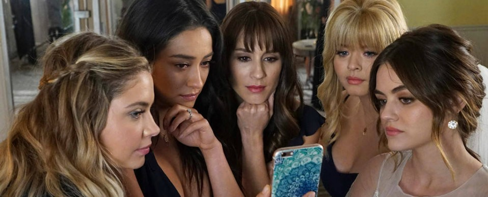 pretty-little-liars-saison-7-un-final-a-la-vie-a-la-mort-spoilers-une