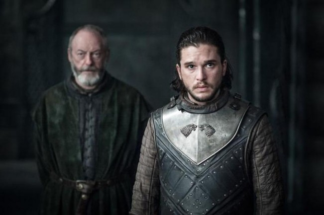 Game of Thrones saison 7 épisode 3 - Jon et Davos devant Daenerys