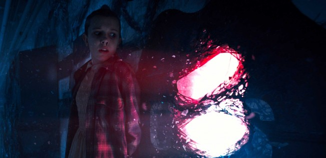 Stranger-THings-saison-2-n-grand-huit-émotionnel-pour-eleven-matt-ross-duffer-tease