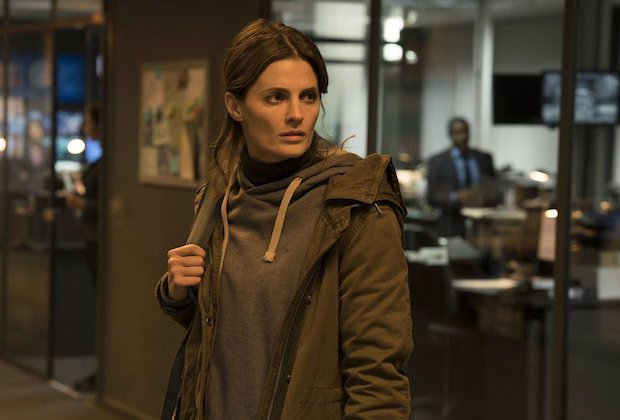 absentia-saison-1-drame-psychologique-intrigant-avec-stana-katic-critique-2