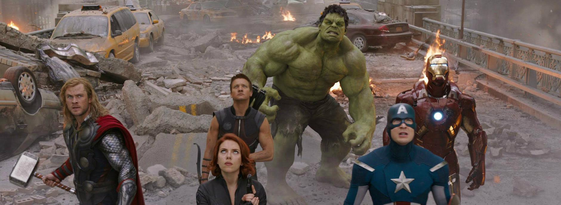 Avengers 4 des photos de tournage teasent un voyage dans for Dans 4
