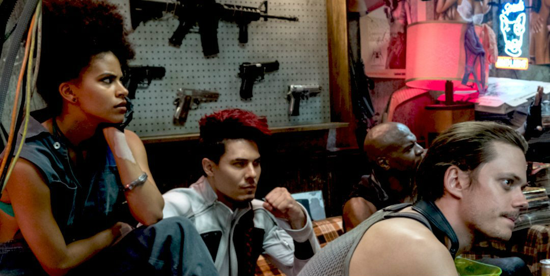 Deadpool Peter Presente La Force Sincruste Chez Hugh Jackman Une Regarder Series Tv En