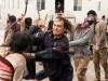 Fear the Walking Dead saison 3 : Le showrunner revient sur le choc du 1er épisode !